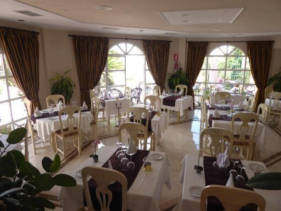 Complex Restaurant