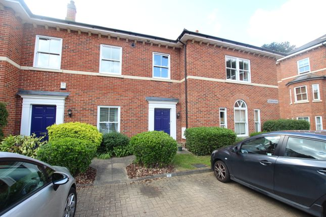 Thumbnail Flat for sale in Woodland Drive, Colchester, Essex
