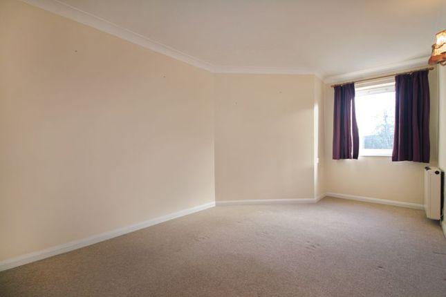 Bedroom of Merryfield Court (Tonbridge), Tonbridge TN9