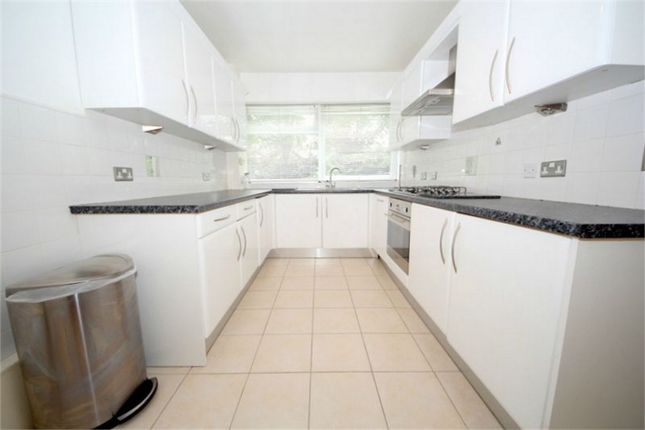 Thumbnail Flat to rent in Private Road, Enfield, Greater London
