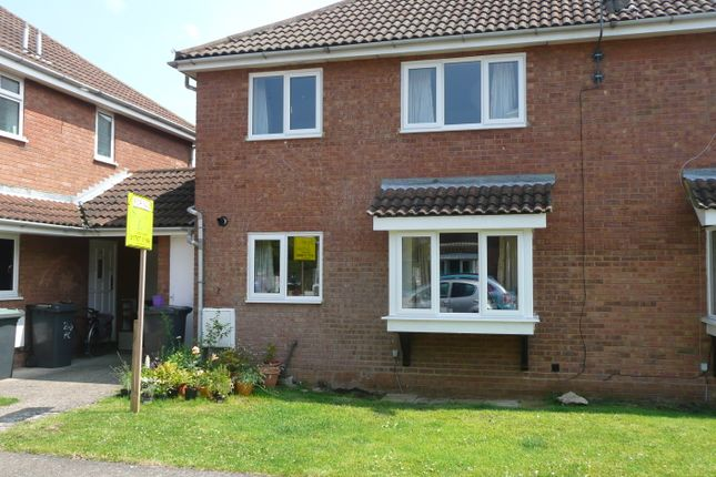Thumbnail Semi-detached house to rent in Heron Close, Biggleswade