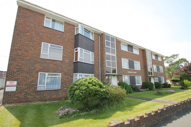 Thumbnail Flat to rent in Hamilton Court, Nelson Road, Worthing