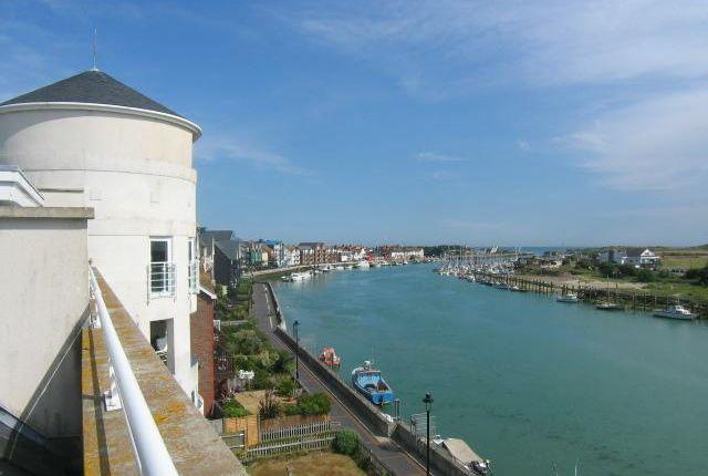 Thumbnail Flat to rent in Mariners Quay, Littlehampton