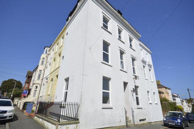Thumbnail 2 bed flat to rent in London Street, Folkestone