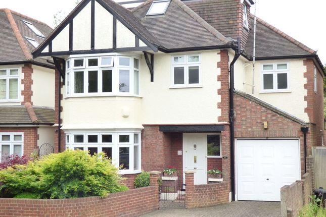Thumbnail Property for sale in Ravensbourne Road, Twickenham