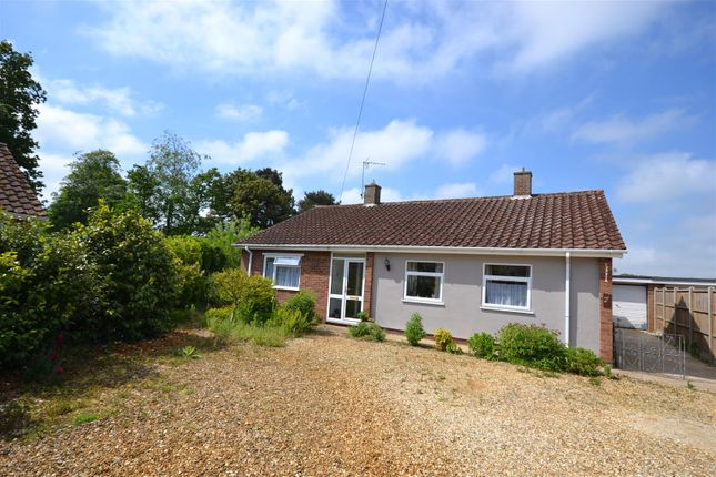Thumbnail Detached bungalow for sale in Ingoldale, Ingoldisthorpe, King's Lynn
