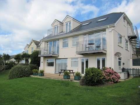Thumbnail Flat to rent in Grand View Road, Hope Cove, Kingsbridge
