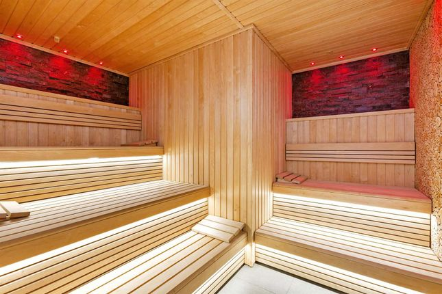 Sauna of Tower One, The Corniche, 23 Albert Embankment, London SE1
