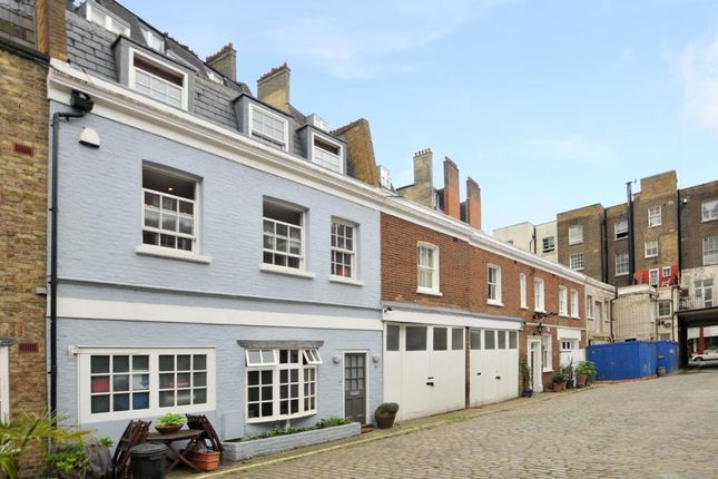 2 bed town house to rent in Princes Mews, Bayswater W2