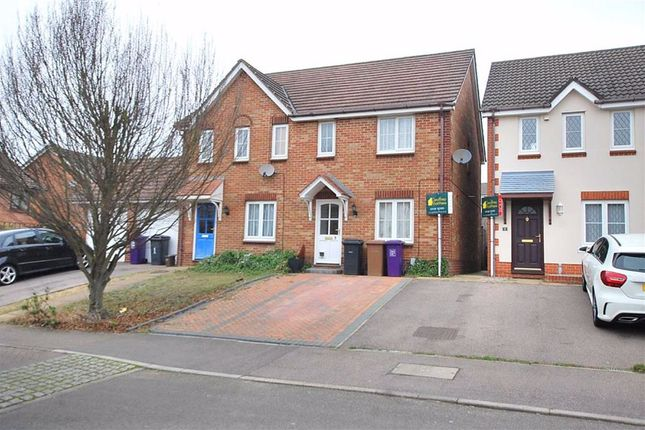 3 bed terraced house to rent in Fairfield Way, Stevenage, Hertfordshire SG1
