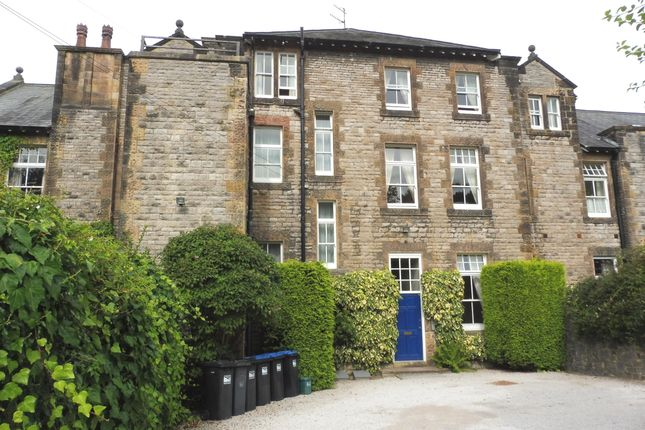 Thumbnail 2 bedroom flat to rent in Castle Drive, Bakewell