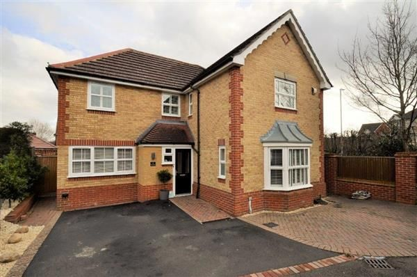 Thumbnail Detached house for sale in Muscovy Road, Kennington, Ashford