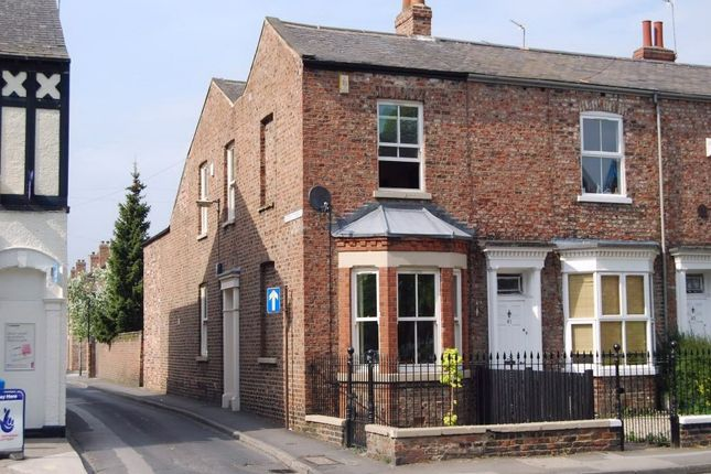 Thumbnail Semi-detached house to rent in East Parade, Heworth, York