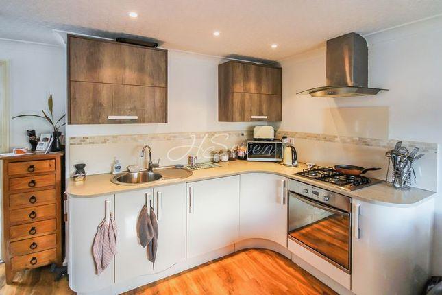 Thumbnail Maisonette to rent in Ilsham Road, Torquay
