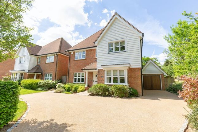 Thumbnail Detached house for sale in Windmill Lane, East Grinstead, West Sussex