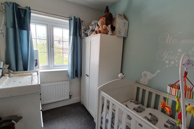 Bedroom Three of Glamis Close, Sutton-In-Ashfield NG17