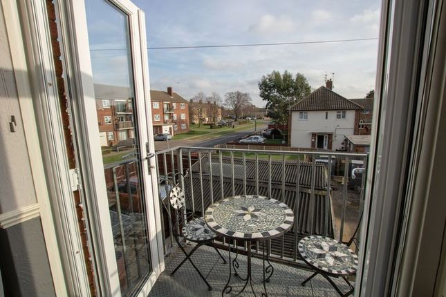 Thumbnail Maisonette for sale in The Square, Iceni Way, Colchester