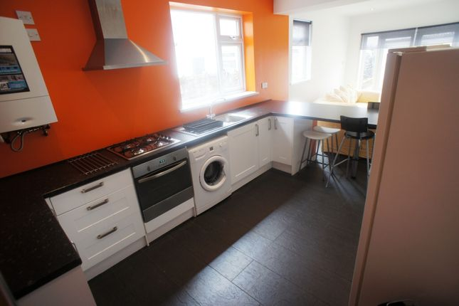 Thumbnail Flat to rent in Clun Terrace, Cathays, Cardiff
