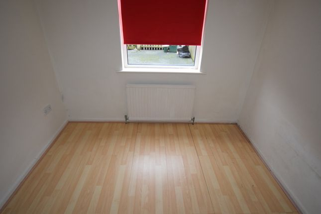 Bedroom 1 of Collingwood Street, Barrow-In-Furness LA14