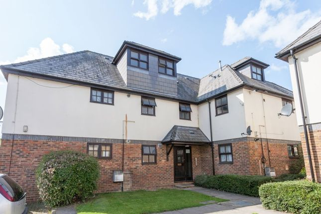 Flat for sale in Grove Road, Mitcham
