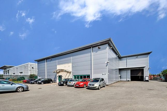 Thumbnail Warehouse to let in The Hub, 2 Thornberry Way, Guildford, Surrey