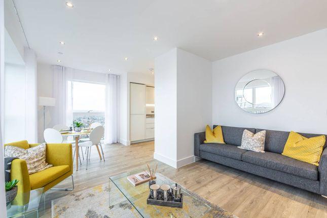 Thumbnail Flat to rent in Lyon Road, Harrow