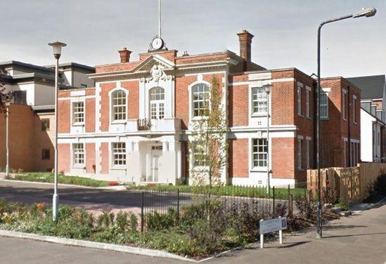 Thumbnail Flat to rent in The Chantry, The Ridgeway, London