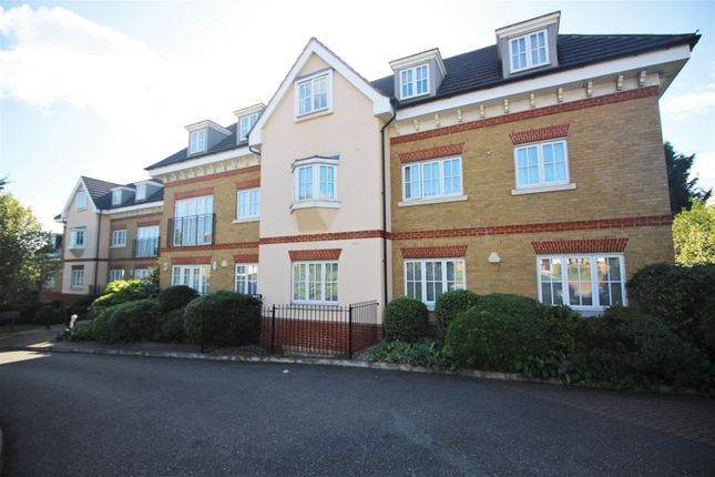 Thumbnail Flat for sale in Hale Lane, Edgware