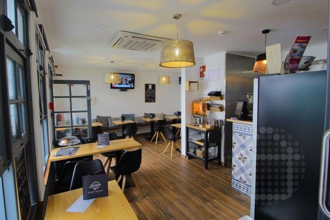 Thumbnail Restaurant/cafe for sale in Albufeira E Olhos De Água, Albufeira, Faro