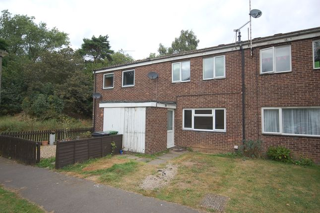 3 bed terraced house to rent in Edith Cavell Close, Thetford, Norfolk IP24
