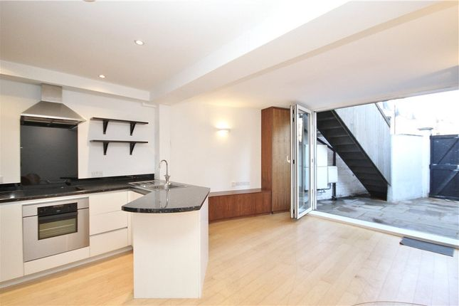 1 bed flat to rent in New Kings Road, Fulham SW6
