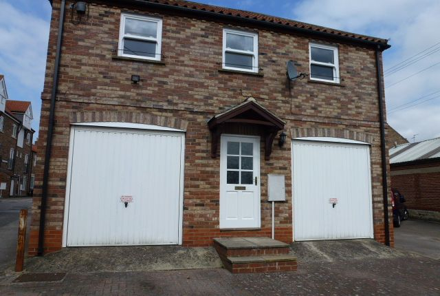 Thumbnail Flat to rent in Belle Vue Terrace, Ripon