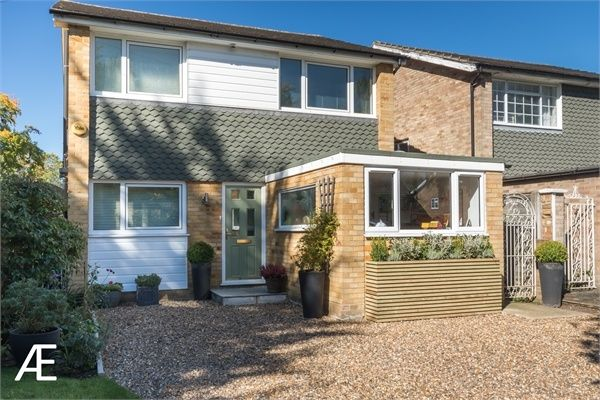 Thumbnail Detached house for sale in Sunnyfield Road, Chislehurst, Kent