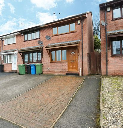 Thumbnail Town house to rent in Holland Road, Old Whittington, Chesterfield, Derbyshire