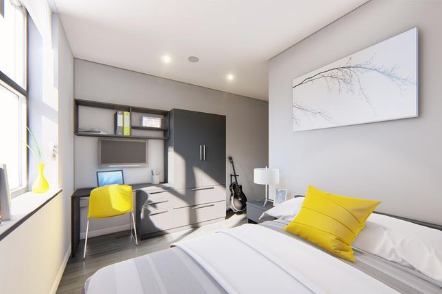 Ensuite-Room of Cromwell Range, Fallowfield, Manchester M14