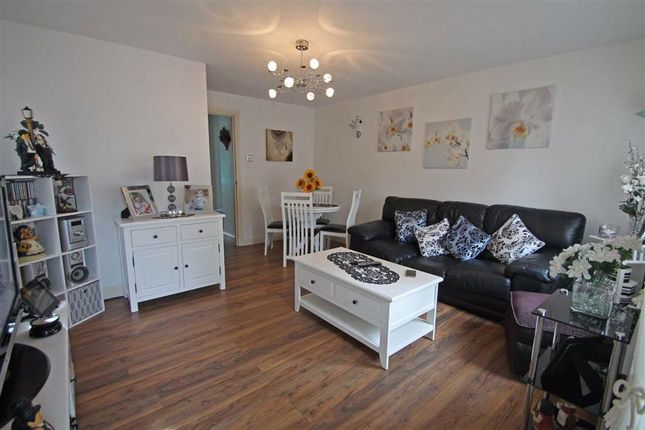Thumbnail Flat for sale in Tennyson Road, Bedford