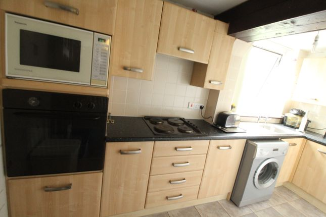 Kitchen of Dee Court, Woolton, Liverpool L25