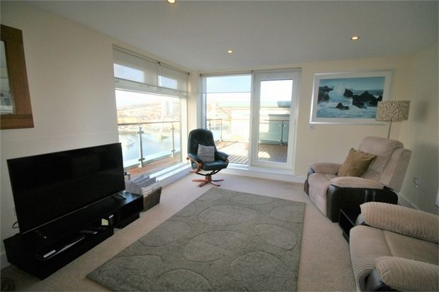 Thumbnail Flat to rent in Flat 145, Altamar, Kings Road, Swansea, West Glamorgan