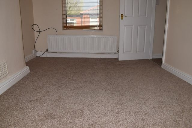 Bedroom 1 of Hilton Fold Lane, Middleton, Manchester M24
