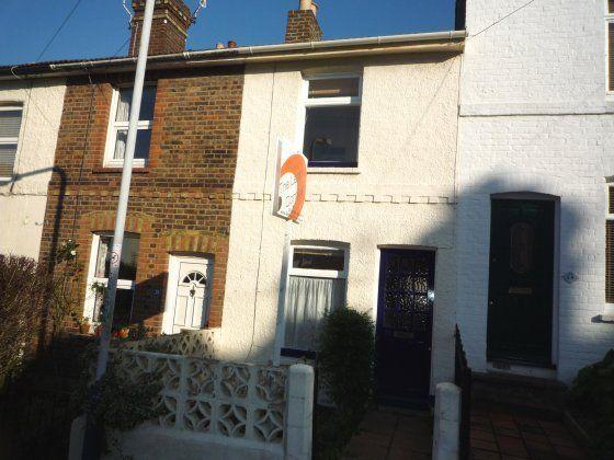 2 bed terraced house to rent in Vernon Road, Tunbridge Wells