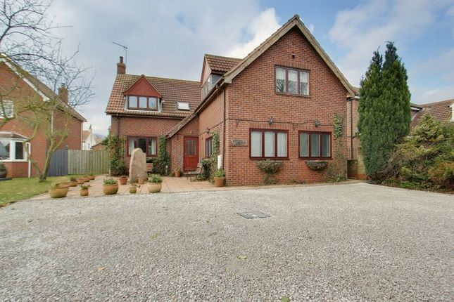 Thumbnail Detached house for sale in Carr Lane, Weel, Beverley