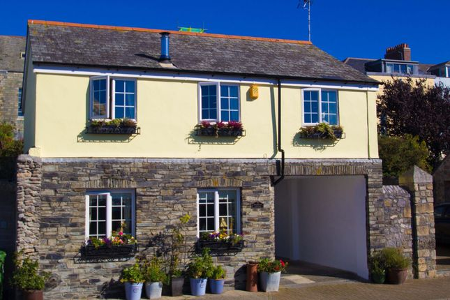 Thumbnail Cottage for sale in Cremyll Street, Stonehouse, Plymouth