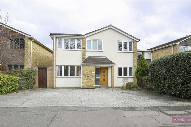 Thumbnail Detached house to rent in Bycullah Road, Enfield