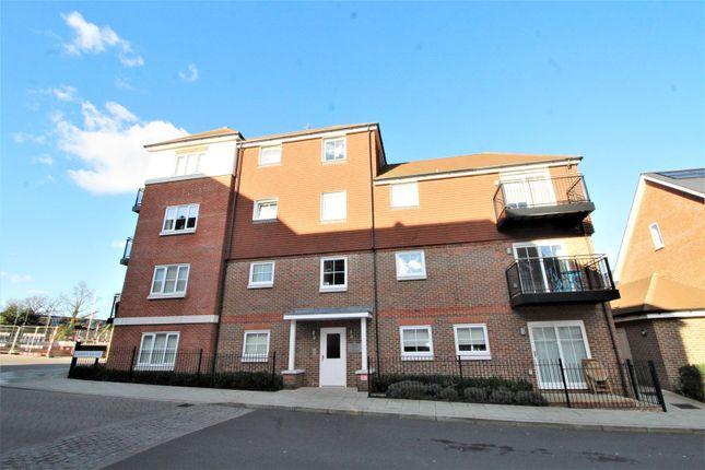 Thumbnail Flat to rent in Rye Lane, Dunton Green, Sevenoaks