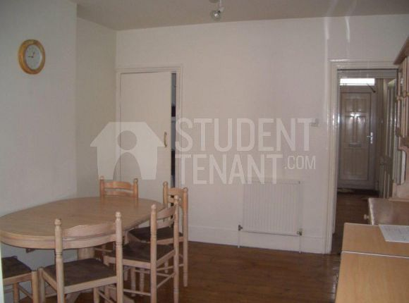 Thumbnail Shared accommodation to rent in Tonbridge Road, Maidstone, Kent