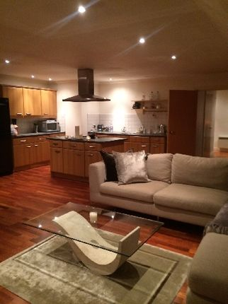 1 bed flat to rent in Wilshaw Close, London