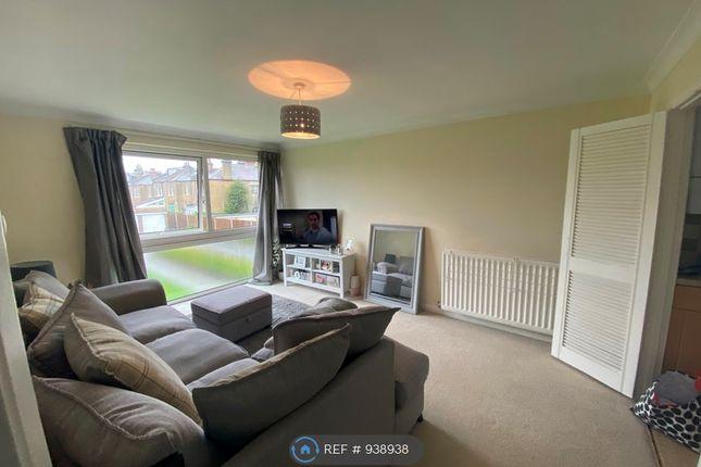 Thumbnail Flat to rent in The Redlands, Beckenham