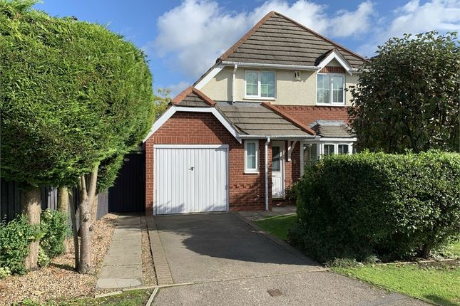 Thumbnail Detached house for sale in Trefoil Close, Broughton Astley, Leicester