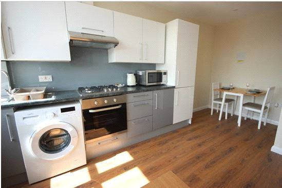 Thumbnail Flat to rent in Kimberley House, 47-49 Vaughan Way, Leicester