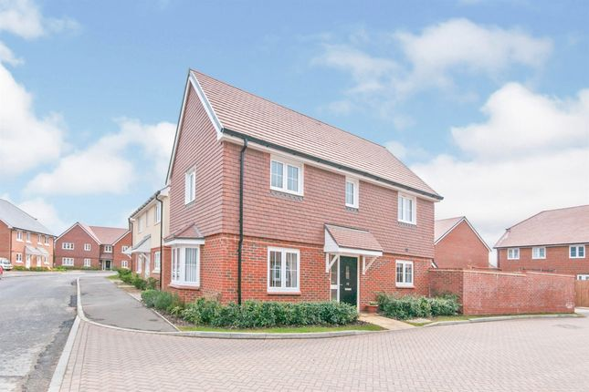 3 bed detached house for sale in Trefoil Road, Hellingly, Hailsham BN27